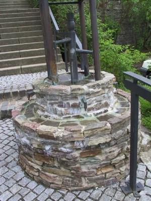 Brunnen am Tor- Der Zeitbrunnen