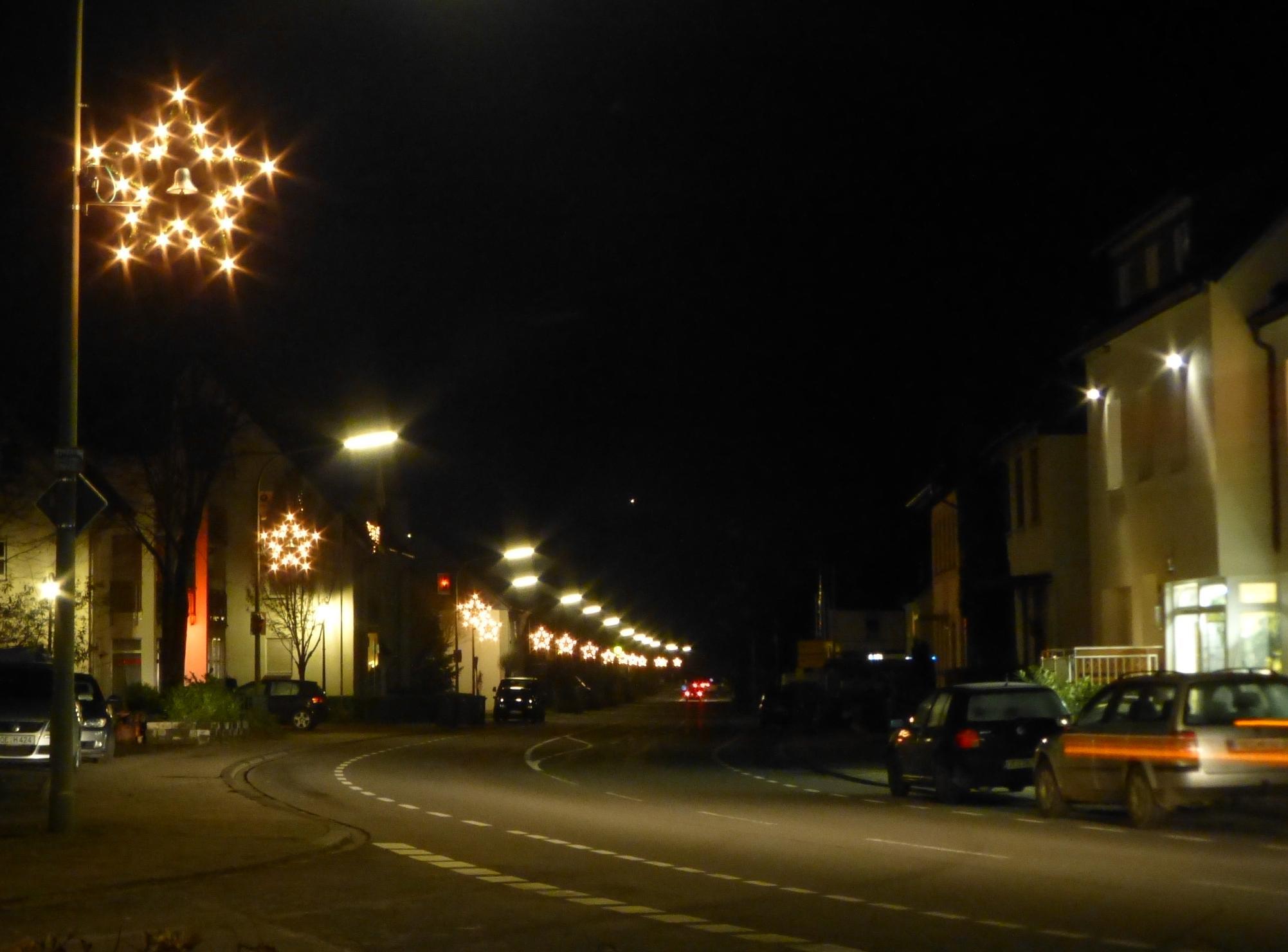 Bild von Kleiner Weihnachtsmarkt auf dem Dorfplatz