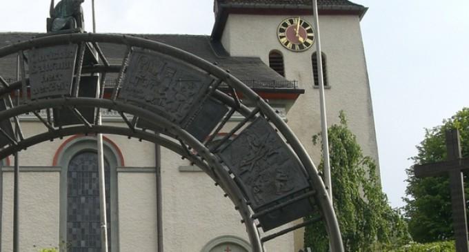 Pfarrversammlung zur Kirchenrenovierung