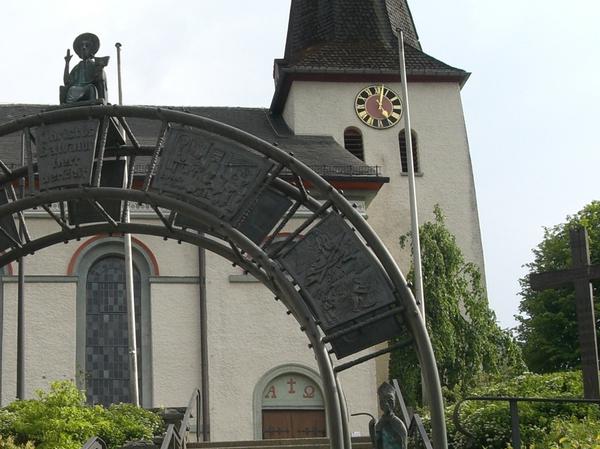 Bild von Pfarrversammlung zur Kirchenrenovierung