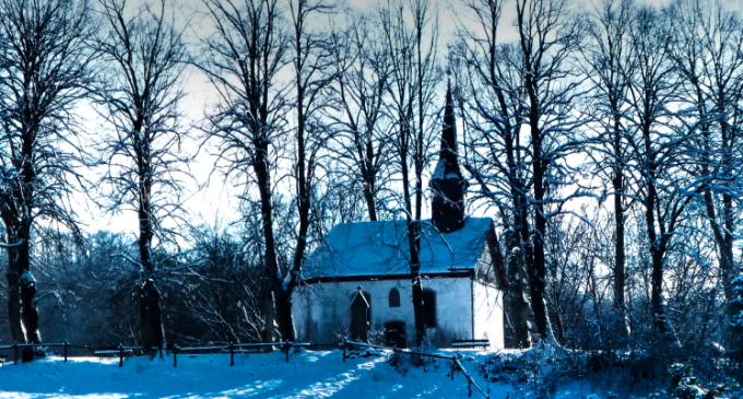 Winterzeit in Oedingen -St. Johannes Kapelle auf dem Oedingerberg