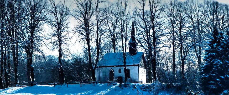 Bild von Winterzeit in Oedingen -St. Johannes Kapelle auf dem Oedingerberg