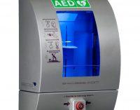 Einweisung zum Einsatz und Gebrauch des neu angeschafften Defibrillators für alle Dorfbewohner